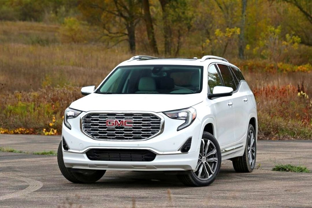 2019 GMC Terrain Review - Used Cars Reviews